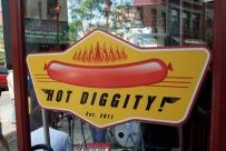 Hot-Diggity-Queen-Village-Philadelphia-1-600-vp