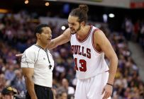 joakim-noah-bill-kennedy-nba-chicago-bulls-sacramento-kings-850x560